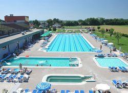 Moravske Hotel Vivat Aussenschwimmbecken