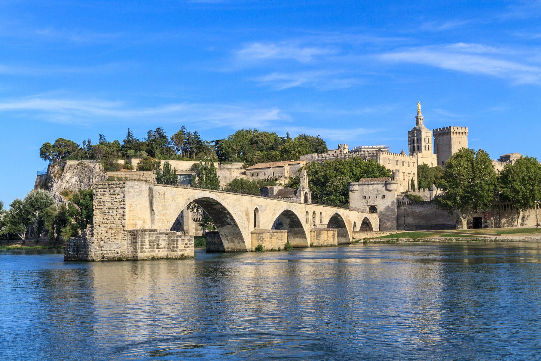 Avignon iStock177843917 web