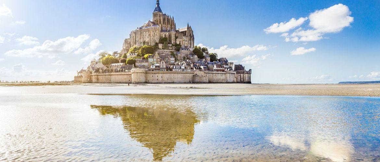 Mont Saint Michel iStock492943036 02
